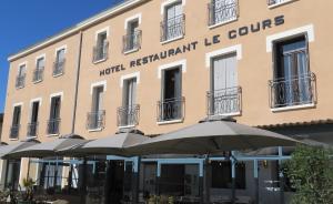Logis Le Cours - Hotel - Saint-Gilles