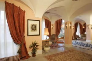 Relais Villa San Martino, Hotely  Martina Franca - big - 78