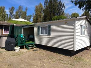 Location gîte, chambres d'hotes Mobil'home Hyères L'ayguade N 24 dans le département Var 83