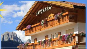 Garni Sayonara - Hotel - Moena