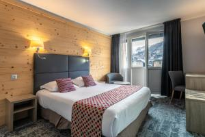 Hôtel Vauban Briançon Serre Chevalier - Hotel - Briançon