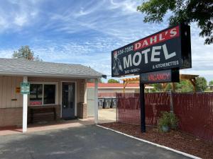 Dahl's Motel