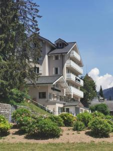 Champéry Hotels
