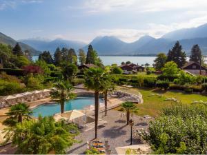Location gîte, chambres d'hotes Hôtel Les Grillons dans le département Haute Savoie 74