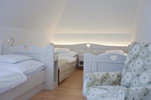 Tornácos Ház - Hegykő, Hotely  Hegykö - big - 59