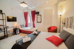 Galleria Frascati Rooms and Apartment