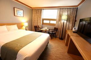 Prime Tourist Hotel, Hotels  Busan - big - 12