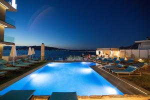 Aianteion Bay Luxury Hotel & Suites