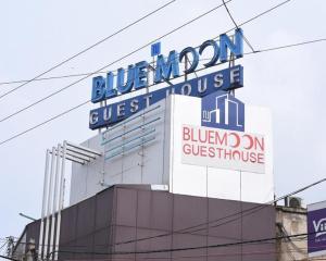 Nu Blue Moon Guesthouse