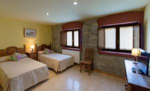 Hotel Rural Los Cerezos de Yanguas, Affittacamere  Yanguas - big - 10