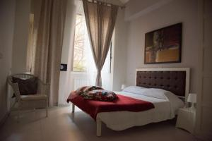 Beautiful and Spacious Apartment next to Termini 10 minutes from Coliseum - abcRoma.com