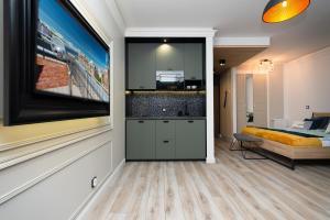 Grey Horse Apartment premium