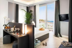 Sanremo Luxury Suites - AbcAlberghi.com
