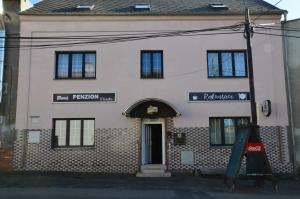 Penzion u Fouska - Hotel - Chodov