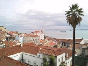 Lisbon Village Apartments Alfama
