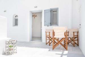 Arsis Small House Antiparos Greece