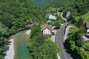 Okrep?evalnica Kurn'k - Accommodation - Cerkno