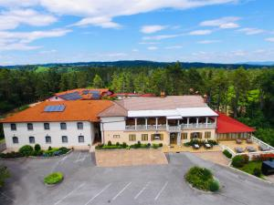FINIDA, motel, restavracija in pivovarna