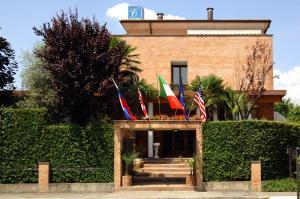Villa Cavour - Hotel - Bottanuco