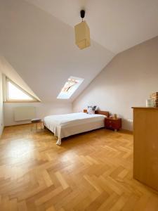 Dwupoziomowy apartament w Gdyni 80 metrów pod lasem