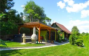 Stunning home in Fokovci w/ Jacuzzi, WiFi and 1 Bedrooms