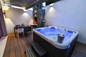 Luxury Apartment Knezovic