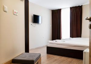 City hotel yambol, Hotel  Yambol - big - 49