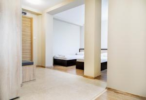 City hotel yambol, Hotel  Yambol - big - 54