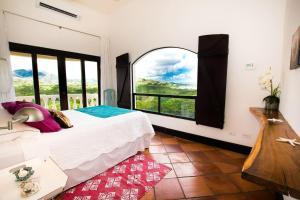 Great Designed Ocean and Mountain view Condo Tres Vista, Dovolenkové domy - Playa Flamingo