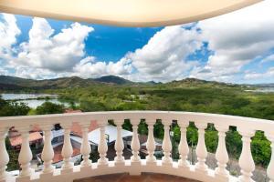 Great Designed Ocean and Mountain view Condo Tres Vista, Dovolenkové domy  Playa Flamingo - big - 4