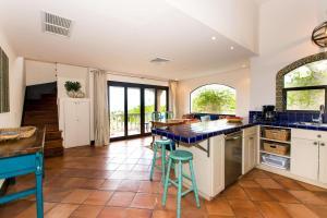 Great Designed Ocean and Mountain view Condo Tres Vista, Dovolenkové domy  Playa Flamingo - big - 10