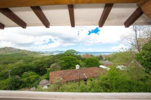 Great Designed Ocean and Mountain view Condo Tres Vista, Dovolenkové domy  Playa Flamingo - big - 17