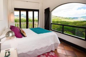 Great Designed Ocean and Mountain view Condo Tres Vista, Dovolenkové domy  Playa Flamingo - big - 23