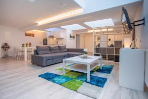 Deluxe Duplex Innsbruck City Apartment, 6020 Innsbruck