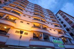 Отель Grand Mandarin Residence, Бангкок