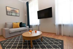Comfortable And Cozy Golden Apartments Old TownK434