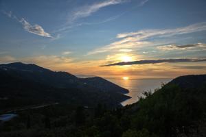 Angel Sunset suite Alonissos Greece