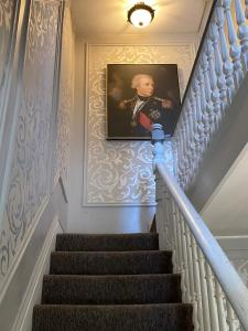 Admiral Weaver Inn - Accommodation - Newport