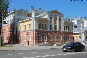 Честер Отель, Владимир