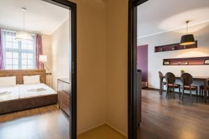 Spacious and comfortable Rynek Square 4210