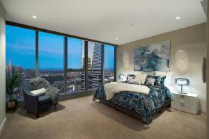 Platinum Apartments @ Freshwater Place