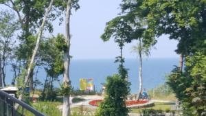 KlifowaRewal z widokiem na morze