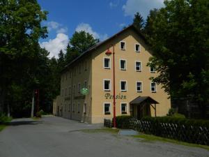 Pension & Gaststätte Sommerfrische