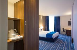 Holiday Inn Express Lisboa - Av. Liberdade, Hotely  Lisabon - big - 3