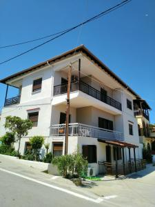 Gianni's Apartment 1 by the Sea Ammouliani Greece