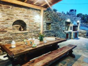 villa hena Andros Greece