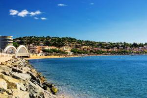 Villa 6 pièces 10 pers vue sur mer 75978 - Apartment - La Garonnette-Plage