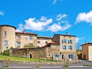 . Apartment Château St Bonnet le Chastel - ABC150