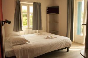 Le Pavillon des Fleurs, Hotel in Menthon-Saint-Bernard ...