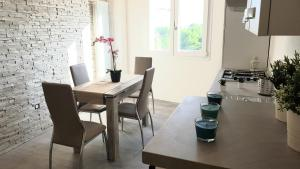 nuovissimo apt Suite vicino al mare - AbcAlberghi.com